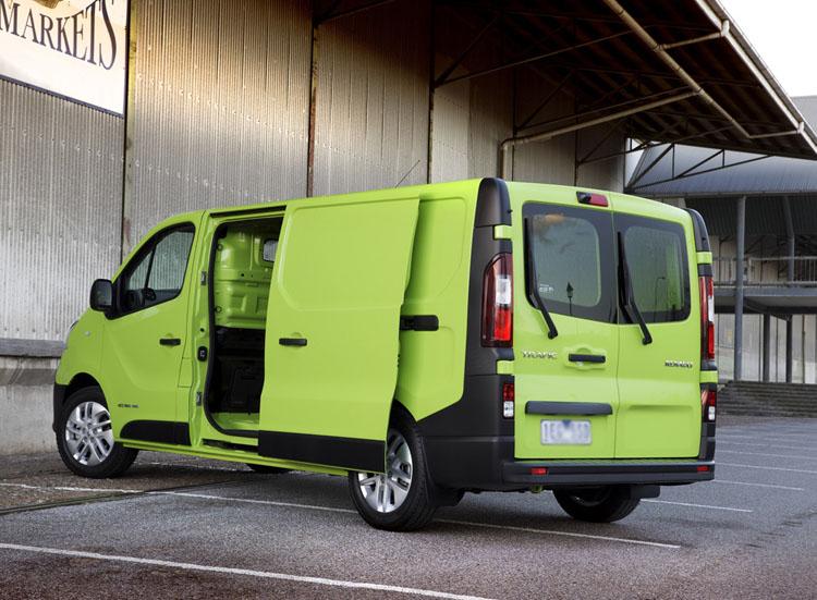 Car-Brake-Light-Camera-for-Opel-Vivaro-Renault-Trafic-2014-Brake light-Camera 2